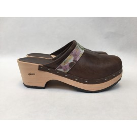 Brown and flowers barefoot clogs