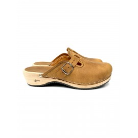 camel buckle barefoot clogs